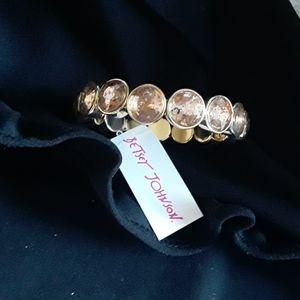 Betsey Johnson Gold STONE BRACELET